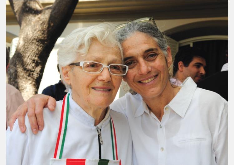 Maria Teresa et sa fille Beatriz Barbera, qui tiennent le premier restaurant italien de Mendoza, La Marchigiana ouvert en 1948.