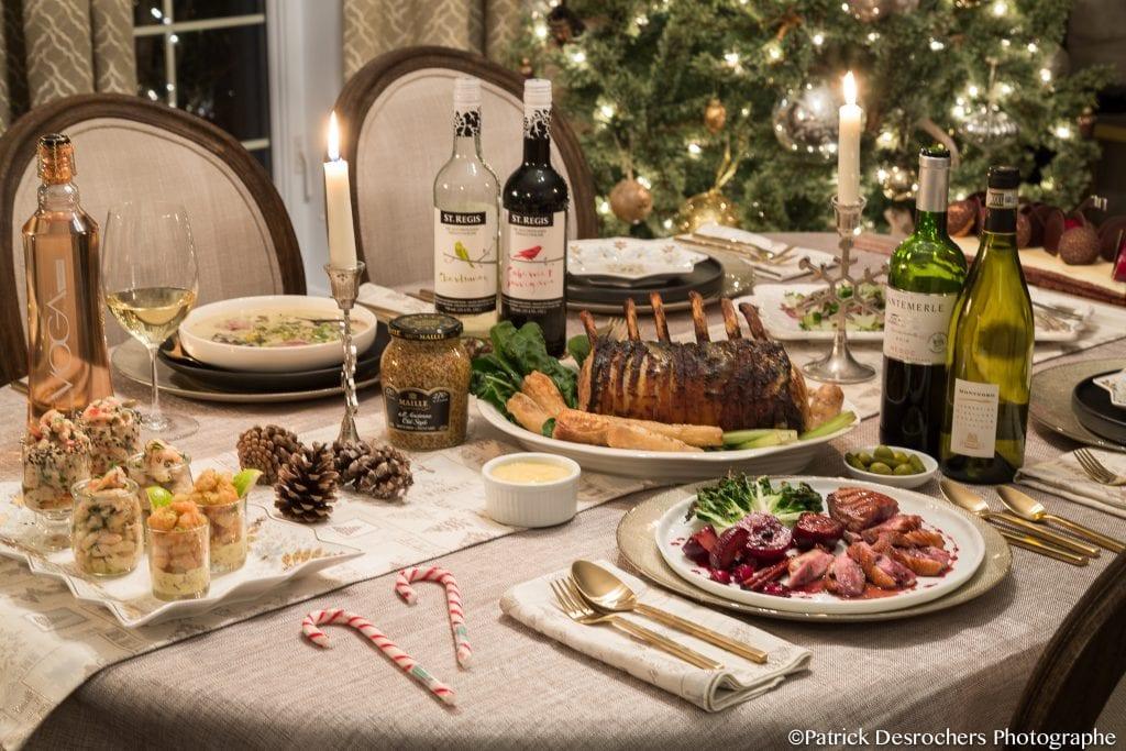Table de Noel avec bouffe