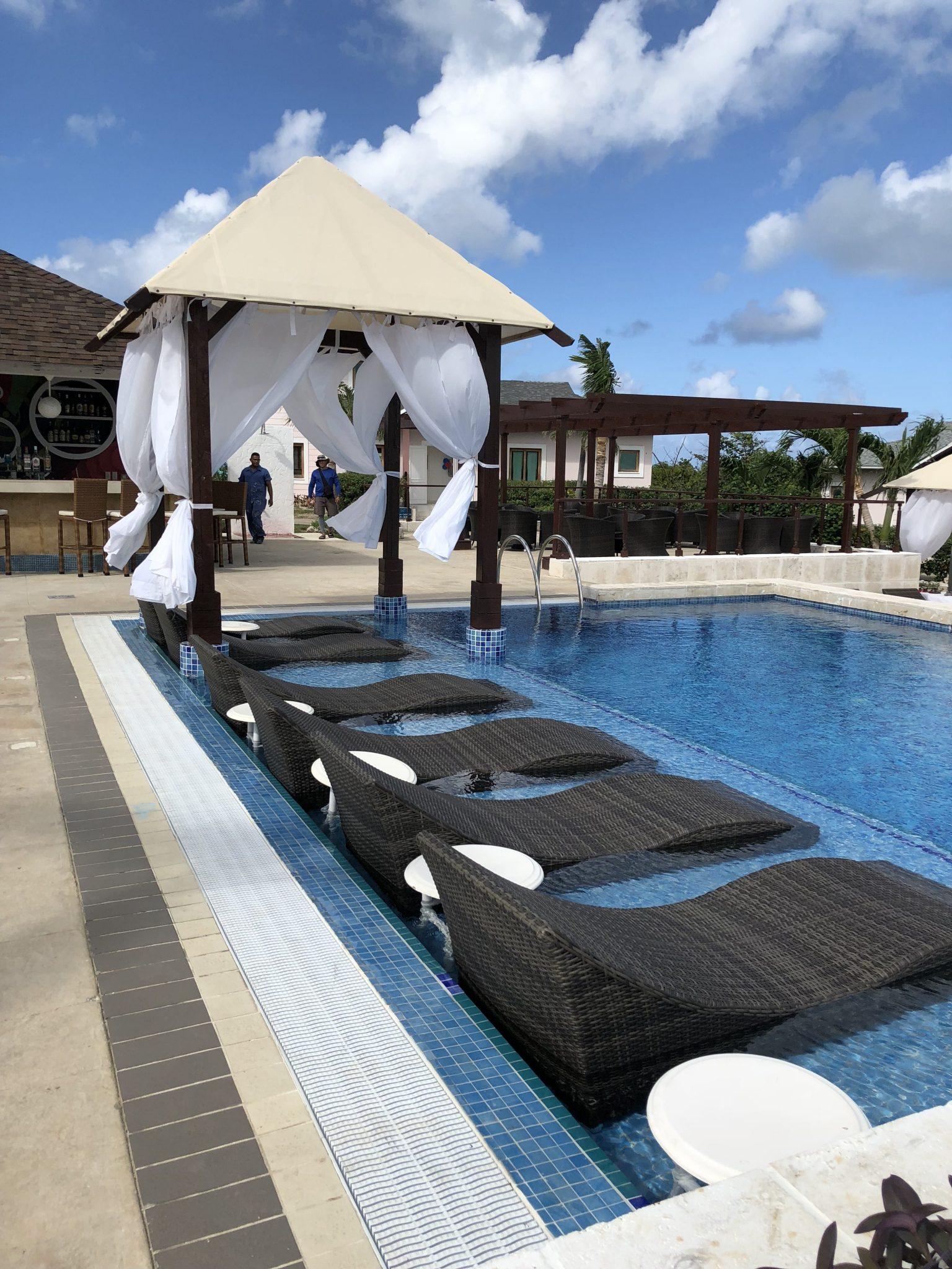 _piscine de cote