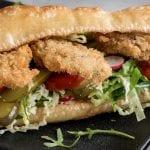 Huitres frites croustillantes en sandwich Po-boy2