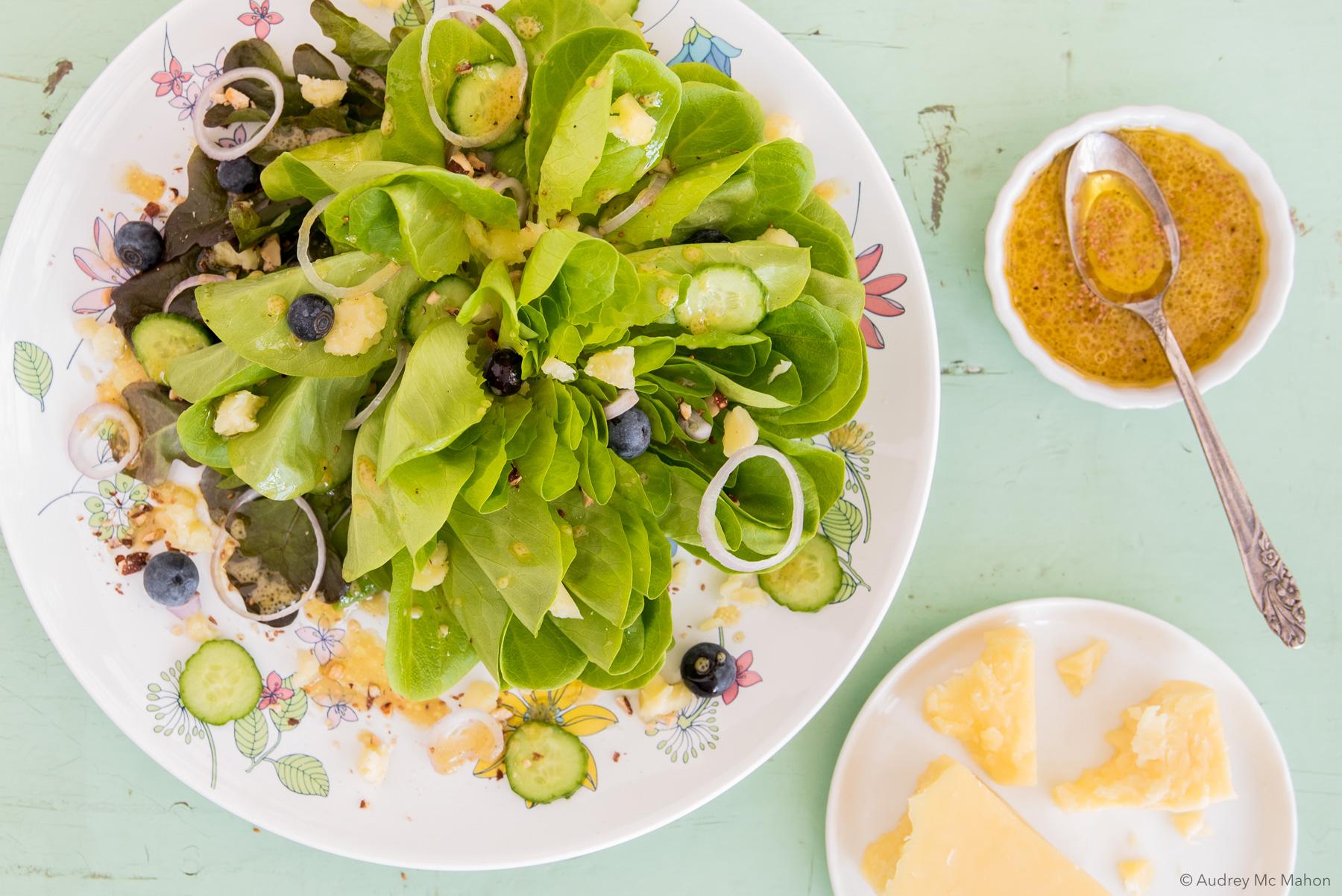_Photo mars Nutrition Salade aux amandes et cheddar léger et vinaigrette à l'huile de caméline
